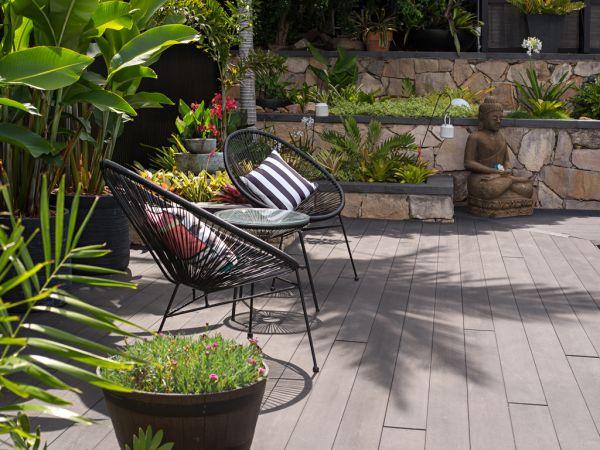 art deco queenslander outdoor garden seating