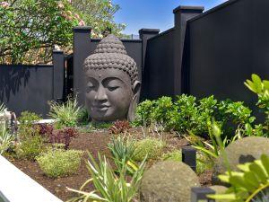 art deco queenslander street garden