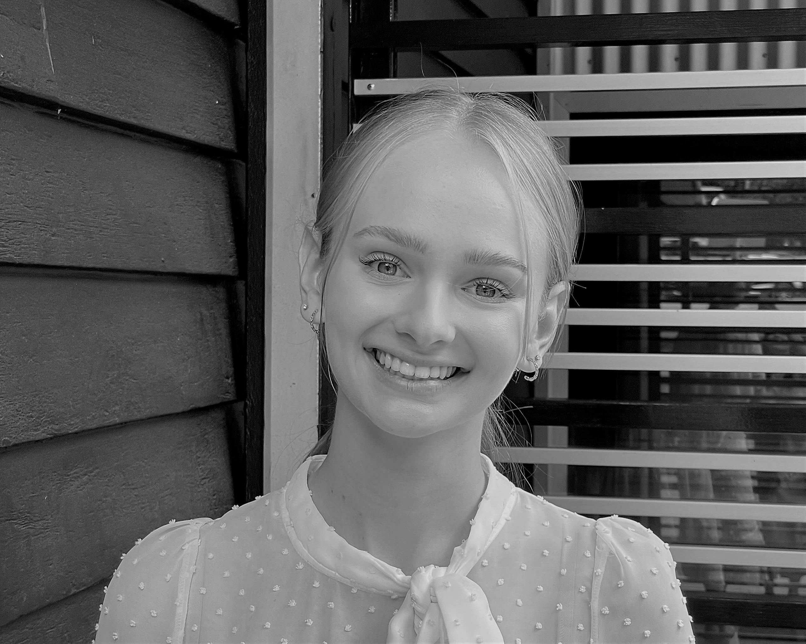 Madeleine Arnold